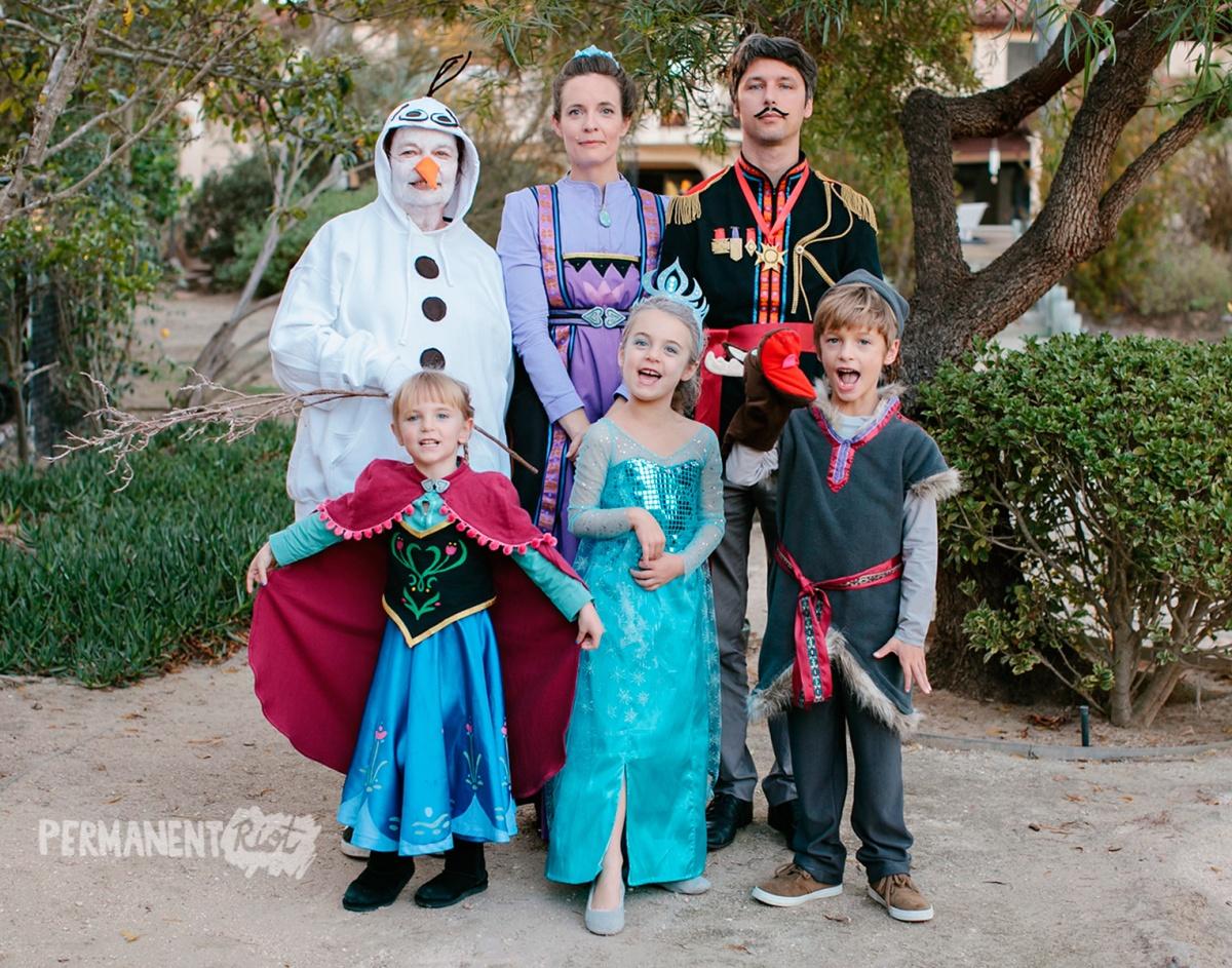 frozen family halloween costumes – anna, elsa & kristoff – permanent